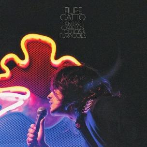Filipe Catto - Entre Cabelos, Olhos e Furacões (Live at Auditório do Ibirapuera - São Paulo - 2013) (Capa Oficial do Álbum) [www.coverbrasil-leko017.blogspot.com]
