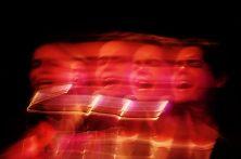 Show de Filipe Catto dentro da programação do 1º Inverno das Artes da Fundação Clóvis Salgado. Sala Juvenal Dias, Palácio das Artes, Belo Horizonte MG. 27/07/2015. © Copyright Élcio Paraíso/Bendita – Conteúdo & Imagem   Todos os direitos reservados   All rights reserved