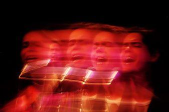 Show de Filipe Catto dentro da programação do 1º Inverno das Artes da Fundação Clóvis Salgado. Sala Juvenal Dias, Palácio das Artes, Belo Horizonte MG. 27/07/2015. © Copyright Élcio Paraíso/Bendita – Conteúdo & Imagem | Todos os direitos reservados | All rights reserved